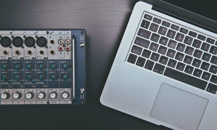 digital vs analog technology