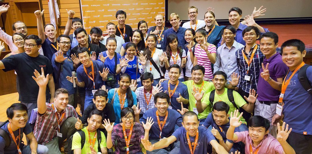 Energetic group photo of the Web Essentials team during the T3CON15 Asia Student Day.